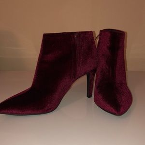 Old Navy Burgundy velvet booties